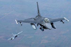 NATO không muốn đối thoại với Moscow về sự hiện diện của họ tại biên giới Nga