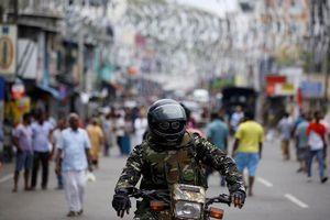 Cảnh báo phần tử đánh bom Sri Lanka giả dạng quân nhân
