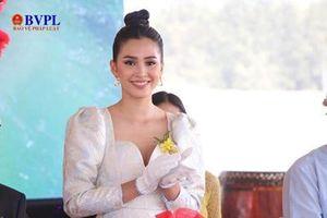 Đại sứ Miss World Việt Nam 2019 rạng rỡ trong lễ khởi công dự án resort gần 2.000 tỷ tại quê nhà