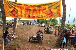 Khai mạc giải đua xe môtô, ôtô địa hình trên Cao nguyên đá Đồng Văn