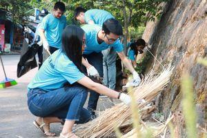 Thừa Thiên Huế: Trao giải cho người nhặt rác làm sạch môi trường
