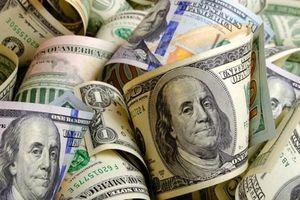 Tỷ giá ngoại tệ 30.4: Hóng tin nóng, USD trượt khỏi mốc đỉnh 2 năm