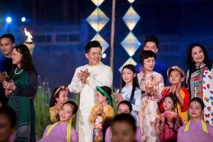 'Văn hiến kinh kỳ' lộng lẫy ở Festival Nghề truyền thống Huế 2019