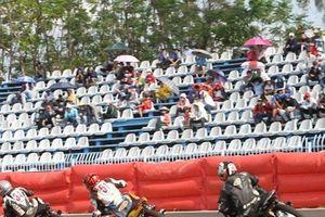 Mãn nhãn màn đua xe mô tô tranh cúp vô địch quốc gia mừng lễ 30/4 và 1/5