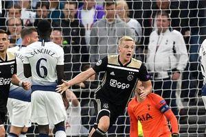 Clip: Van de Beek 'nổ súng', Ajax hạ gục Tottenham