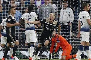Pochettino mắc sai lầm, Tottenham rời xa trận chung kết