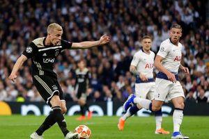 Lượt đi bán kết Champions League 2018-2019: Ajax giành lợi thế, Mauricio Pochettino nhận sai lầm