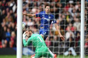 De Gea tiết lộ đã bị chuột rút dẫn đến sai lầm trong trận hòa trước Chelsea