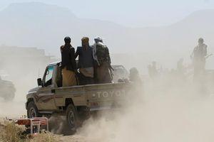 Houthi bất ngờ tấn công vào Liên minh quân sự vùng Vịnh trong tỉnh ven biển Hodeidah