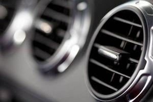 Nắng nóng: Có nên bật điều hòa hết nấc khi vừa lên ô tô?