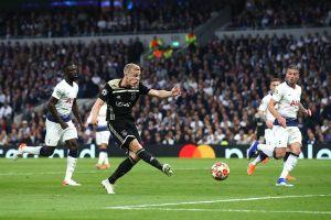 Đánh bại Tottenham, Ajax viết tiếp câu chuyện cổ tích