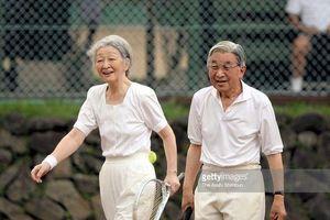 Phong thái thời trang đầy quý phái của cựu Hoàng hậu Michiko Shoda khiến người dân Nhật tự hào