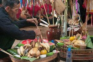 Độc đáo Lễ Pang A của người La Ha