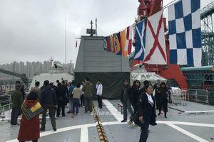 Tàu hộ vệ tên lửa Gepard 3.9 Việt Nam mở cửa đón khách Trung Quốc tham quan