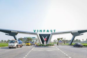 Vingroup tuyên bố bước vào lĩnh vực vận tải hành khách, sẽ vận hành 3.000 xe buýt điện VinFast vào 2020