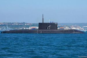 Bí ẩn lý do tàu ngầm Kilo Nga xuất hiện tại Thanh Đảo