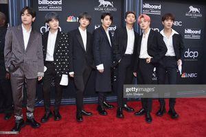 Dàn sao 'khủng' đổ bộ về khoe sắc trên thảm đỏ Billboard 2019