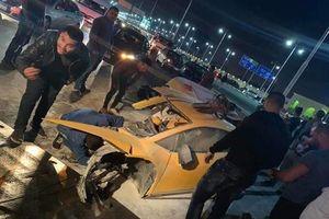 Lamborghini Huracan gặp nạn gãy đôi, tài xế may mắn bị thương nhẹ