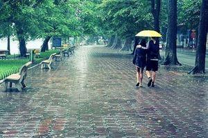 Dự báo thời tiết hôm nay (2/5): Sau kỳ nghỉ lễ, trời dịu mát nhờ mưa rào