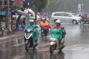 Hà Nội tiếp tục có mưa giông, trời mát mẻ