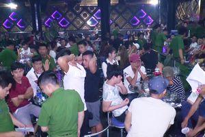 Bên trong quán bar phát hiện 80 người dương tính ma túy ở Đà Nẵng