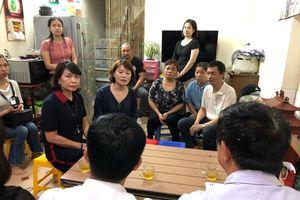 Vụ tai nạn tại hầm Kim Liên: Bơ vơ những đứa trẻ mồ côi mẹ
