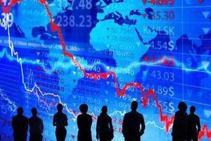 Chứng khoán tiếp tục trượt giảm, thanh khoản giữ mức thấp