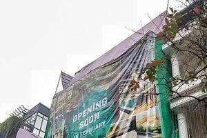 Việc xây dựng không phép tại phố cổ Hà Nội: Chẳng lẽ … 'bó tay'?