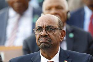 Tổng thống Sudan bị phế truất bị cáo buộc rửa tiền, 'tài trợ khủng bố'