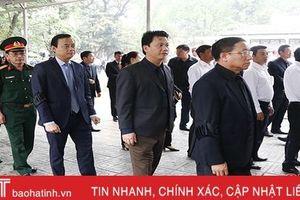 Đoàn đại biểu Hà Tĩnh viếng nguyên Chủ tịch nước Lê Đức Anh