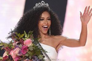Nữ luật sư 28 tuổi đăng quang Hoa hậu Mỹ 2019