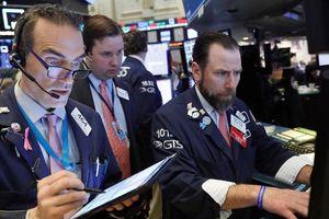 Cổ phiếu dầu lửa kéo chứng khoán Mỹ giảm điểm