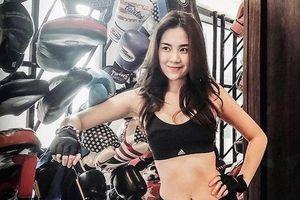 Bỏng mắt với loạt ảnh sexy của MC Mai Ngọc