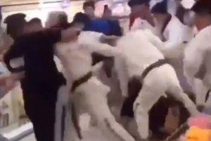 Môn sinh taekwondo, nhân viên phòng gym 'hỗn chiến' như phim hành động