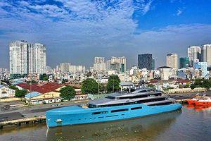 Siêu du thuyền AVIVA giá 150 triệu USD cập cảng Sài Gòn