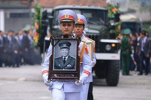 Nguyên Chủ tịch nước Lê Đức Anh đã về nơi an nghỉ cuối cùng