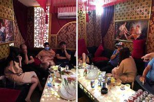 Nhà hàng ở Sài Gòn có tiếp viên 'thiếu vải' bị xử lý