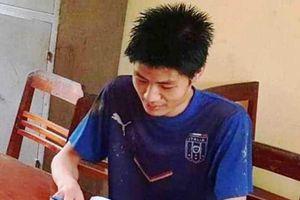 Thanh Hóa: Khởi tố kẻ cầm dao xông vào trường chém 6 cô trò