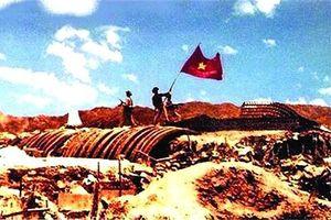Điện Biên Phủ - 'góc nhìn từ bên kia ngọn đồi'