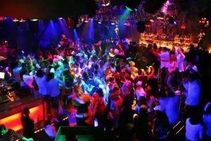 Gần 20 thanh niên Hải Phòng hỗn chiến vì một nữ nhân viên quán bar