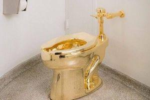 Cung điện tại Anh lắp cả bồn cầu dát vàng để phục vụ du khách