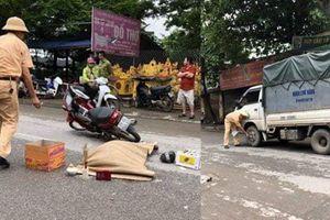 Mở cửa ô tô làm người lạ bị xe tải cán chết ở Hà Nội, tài xế đi tù bao nhiêu năm?