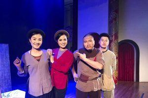 'Cháy vé' 3 đêm diễn giúp đỡ gia đình nạn nhân tử vong tại hầm Kim Liên