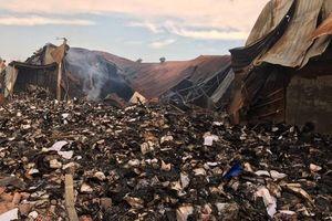 TPHCM: Công an điều tra vụ cháy kho chứa hàng tấn tài liệu về xe buýt
