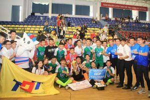 Cận cảnh sinh viên đại học Tôn Đức Thắng vô địch giải Futsal