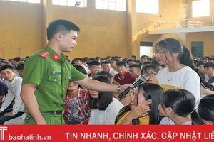 Trang bị kiến thức phòng chống ma túy cho sinh viên Cao đẳng Việt - Đức