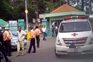 Tình hình mới nhất về sức khỏe hai học sinh bị cột bê tông rơi vào người ở Hòa Bình