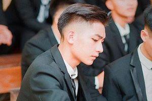 Nam sinh Hà Nội được ví là 'cực phẩm', góc nghiêng giống ca sĩ Sơn Tùng M-TP