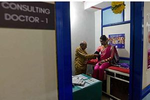 Câu chuyện ở phòng khám HIV/AIDS đầu tiên cho cộng đồng người đồng tính ở Ấn Độ