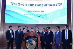 Vietnam Airlines lên sàn HOSE, nhà nước sẽ tiếp tục thoái vốn